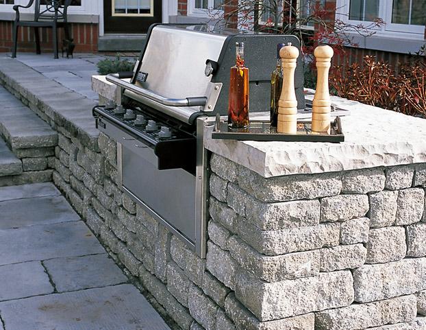 Weston Stone Retaining Wall System | Belgard